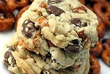 Cookie Monster Recipes / Got to LOVE cookies! Recipes will include Christmas, in a jar ideas,  peanut butter, chocolate chip, and sugar cookie recipes.