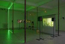 """Haroon Mirza """"Random Access recall"""" / Exposition présentée du 1er février au 4 mai 2014 au Grand Café de Saint-Nazaire"""