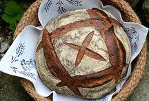 formowanie i zdobienie pieczywa; bread