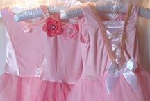 PRINCESS DRESSES on My Princess Party to Go / Princess dresses for a Princess Birthday Party. #princessdresses #princesspartydresses #princessbirthdaypartydresses