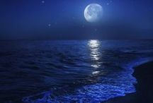 Nature : Moon & Ocean & Wave