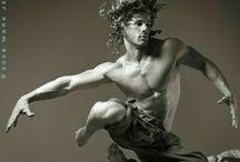 Foto referências/ pose/ ação/ anatomia