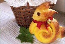 Bakken voor de Bieb Pasen / Vrijdag 18 april 2014 Paas lekkers verkopen