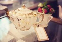Perfect Porclein for Vegan Afternoon Tea  / The most beautiful porcelain for hosting an afternoon tea  party :)