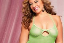 Queen/Plus Size Lingerie / At Sexy Lingerie, we understand that sexy comes in all sizes, and we are proud to offer a large variety of Plus Size styles from some of the hottest brands. We have it all - from babydolls to bustiers - and we carry up to size 4X. These are some of our favorite and most popular styles! Check out the whole collection at SexyLingerie.co!