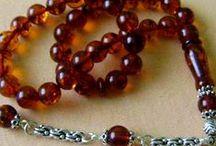 TESPİH (Glass and amber)