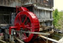 Hud-Son Red / Our equipment is Hud-Son RED. Whether it's our RED sawmills or firewood processors or RED oak or just a beautiful RED project... we bleed Hud-Son red.