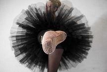 Dance / Dancers a sooo flexible