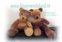 BREI en HAAK Knutsels en Knuffels BLOEMENDALWOL / Knuffels en knutsels en kleine frutsels gebreid en gehaakt door BLOEMENDALWOL, de meeste van deze projecten kun je vinden in onze winkel als voorbeeld.  breien haken knitting crochet www.bloemendalwol.nl
