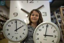 Changement d'heure - Daylight saving time / Daylight Saving Time aka Daylight Savings Time, DST or Summer Time. Clocks go forward 1 hour in the spring and back in the fall to make better use of daylight
