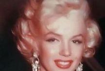 Marilyn Monroe (1953) - Rising star