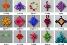 Being knotty... / micro-macramé; paracord jewelry