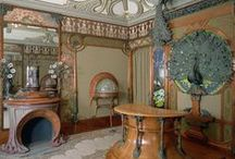 Art Nouveau style / a style of art and architecture of the late 19th and early 20th centuries, having intricate designs and flowing curves