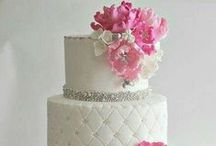 { Haute Cakes } / My Mankato Wedding, Online Bridal Resource Guide & Real Wedding Inspiration for Nearly Weds in Southern Minnesota www.MyMankatoWedding.com