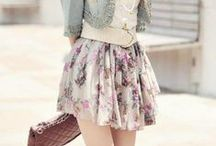Style | Spring / Spring Style: Everyday style. Light jackets. Light layering. Light scarves. Florals. Pastels. Maxi skirts.