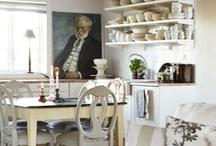 Kitchens / by Geneva