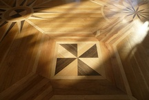 The Parquet - Over the Centuries / A collection of images with old parquetry works.