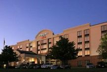 Dining and Lodging  / Hotels and restaurants conveniently located near the Peoria Civic Center!