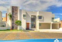 """Lomas de Angelópolis 222 - Residencia Nueva - Casas en Lomas de Angelópolis - PueblaResidencial.com / http://pueblaresidencial.com/listing/residencia-en-lomas222-casasenlomasdeangelopolis  En el mejor cluster de todo Lomas de Angelópolis, el 222, te ofrecemos una casa a tu altura.  Es una casa de 377 m² de construcción, sobre un terreno de 353 m². En el cluster 222 de la primera zona de Lomas de Angelópolis, la conocida como """"LOMAS 1″.  Nos puedes contactar para agendar una cita al 890.05.75, al cel. 2222.60.34.59 o al I.D. 72*12*15599"""