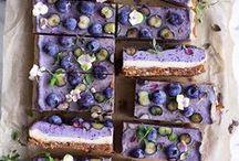 Raw/vegan cheesecake bars
