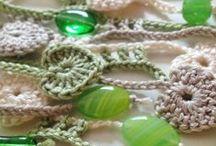 Šály a šátky (Shawls & scarfs) / DIY