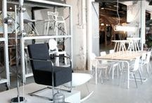 Meubelwinkel | Strijp S / Zitfabriek is een hippe en moderne meubelwinkel gevestigd in het creatieve hart van Eindhoven genaamd; Strijp S. De winkel bevind zich in een voormalig fabrieksgebouw van Philips. Het gebouw Anton is getransformeerd tot een bijzondere plek met een karakteristieke industriële uitstraling, van binnen en van buiten.  Torenallee 60-02, 5617 BD Eindhoven (Netherlands)