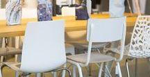 Mix & Match set van verschillende stoelen / Verschillende stoelen aan een eetkamertafel is een leuke trend. Combineer verschillende stoelen met elkaar en zorg zo voor een leuke touch aan je interieur. Om toch rust te creëren kan je ervoor kiezen om verschillende stoelen in de kleur wit of zwart te nemen. Mix & Match set van 6 verschillende stoelen in wit of zwart is nu verkrijgbaar bij Zitfabriek voor €439,00. De set is ook naar wens samen te stellen.