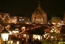 Weihnachten in der Welt / Entdecken Sie viele faszinierende europäische und internationale Weihnachtstraditionen. Schauen Sie sich einige der attraktivsten Weihnachtsmärkte Deutschlands und Frankreichs an.