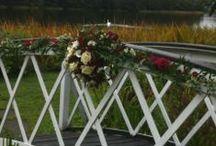 Reds/burgandy wedding flowers