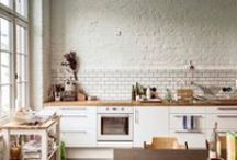 Loft - Kitchen / Loft living is modern. With the Loft Collection form is function, less is more and life is simple.