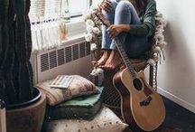 >> MUSIC ROOM <<