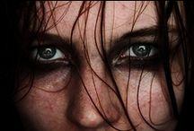 Primal / Oer/primitief deel van de mens. Rauw, emotie, kwetsbaar. Dierlijk, instinct.
