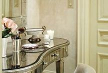Lustra, które uwielbiamy/ Mirrors we love / Lustra, meble lustrzane