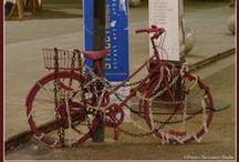 Biciclette/Bikes / ...uomini e biciclette...nell'uso quotidiano... storie dal passato, e realtà odierna...