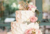 It's all about the CAKE! / Let's face it - the wedding best accessory and the yummiest one is the cake! :)