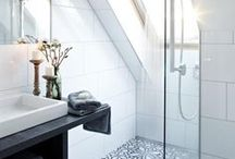 Modern Bathroom Ideas + Artwork / pins about: luxury stylish bathroom ideas | modern bathroom decor ideas | modern décor | interior style | interior design ideas | modern bath tubs + fixtures | office decoration ideas | designer bathroom décor | stylish interiors| tasteful contemporary bathroom décor | residential interiors | beautiful contemporary water closets | feminine bathrooms | places to relax. To learn more about integrating artwork into modern home decor visit: https://www.maggieminordesigns.com/