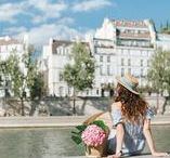Location Seine / Seine river passes through the centre of Paris offering a gorgeous location for a stroll along all the iconic Parisian landmarks. Here are some examples of photos we captured there.