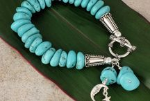 Bracelets / by Lamia Sultan