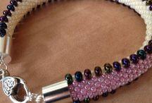 beads bracelets A&B