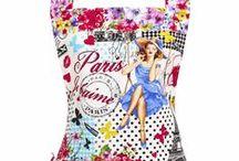 J'♥ Paris / Do you love Paris?  Eiffel Tower cakes, Eiffel Tower aprons, France, and all things Parisian.