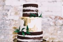 Wedding cakes / Piles of wedding cake inspiration for your big day!