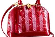 purses / I love all purses / by Margaret Lennon
