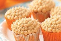GetinMahBellah-After Dinner-Cupcakes / by Christina Heyboer