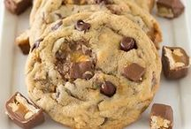Delicious cookies / This board is about the awesome and delicious cookies I find.