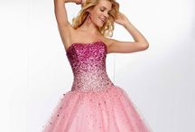 Ball dresses / Your gonna have a ball of a time in here