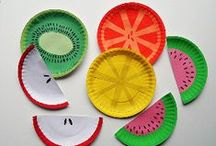 A million things to do with a paper plate / Well, maybe not a million- but here are many, many things you can do with a paper plate at home, or in the classroom.