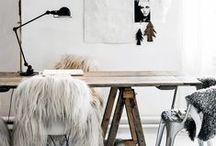 Desk dreamin'
