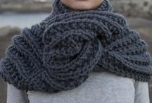 Temporada de invierno 2012-2013 / Aquí podréis ver imágenes de los primeros diseños de Knitting Point: los primeros 19 kits que salieron al mercado. Diseños sencillos, pensados para principiantes, pero con un toque distintivo que te hará destacar.