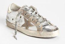 •sneakers• / Sneakers