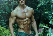 Fitness models / Fitness; models; physique; body